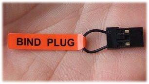 A Spektrum bind plug