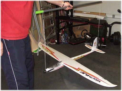 Roll balancing an rc plane